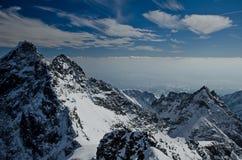 Τοπίο των χειμερινών βουνών Στοκ φωτογραφίες με δικαίωμα ελεύθερης χρήσης