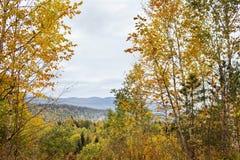 Τοπίο φθινοπώρου στα βουνά lago-Naki Στοκ Εικόνες