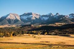 Τοπίο φθινοπώρου στα δύσκολα βουνά του Κολοράντο Στοκ φωτογραφίες με δικαίωμα ελεύθερης χρήσης