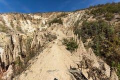 Τοπίο φθινοπώρου της πόλης διαβόλων ` s σχηματισμού βράχου στο βουνό Radan, Σερβία Στοκ εικόνα με δικαίωμα ελεύθερης χρήσης