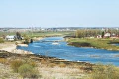 Τοπίο χωρών άνοιξη με τον ποταμό Moskva Στοκ φωτογραφία με δικαίωμα ελεύθερης χρήσης