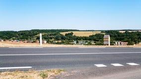τοπίο χωρών κατά μήκος της οδικής διαδρομής A28 στη Γαλλία Στοκ Εικόνες