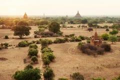 Τοπίο Bagan στο ηλιοβασίλεμα με τους ναούς Στοκ εικόνα με δικαίωμα ελεύθερης χρήσης