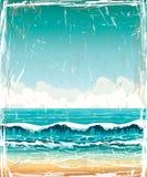 Τοπίο Grunge με τη θάλασσα, τα κύματα και το νεφελώδη ουρανό απεικόνιση αποθεμάτων