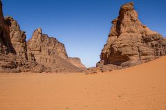 Τοπίο Sahara's Tassili N'Ajjer, νότια Αλγερία Στοκ Εικόνες