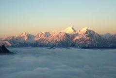 τοπίο sichuan βουνών ganzi της Κίνας βοοειδών στοκ φωτογραφίες με δικαίωμα ελεύθερης χρήσης