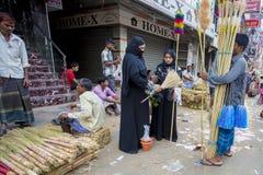 Τοπικά-γίνοντες όμορφες βιοτεχνίες και γηγενή οικιακά αγαθά στην έκθεση Pohela Baishakh στοκ φωτογραφίες με δικαίωμα ελεύθερης χρήσης
