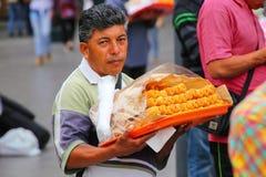 Τοπικά churros πώλησης ατόμων στην οδό της Λίμα, Περού Στοκ εικόνες με δικαίωμα ελεύθερης χρήσης