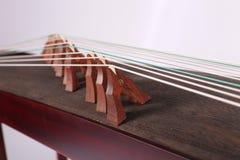 Τοπικές λεπτομέρειες της κινεζικής φολκλορικής μουσικής Guzheng Στοκ φωτογραφίες με δικαίωμα ελεύθερης χρήσης