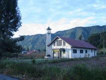 Τοπική εκκλησία στη λίμνη Toba στοκ εικόνες