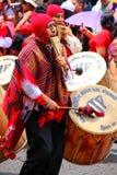 Τοπική παίζοντας μουσική ατόμων κατά τη διάρκεια του φεστιβάλ Virgin de Λα Cand Στοκ Φωτογραφίες