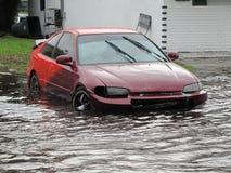 Τοπική πλημμύρα - συνεσταλμένο αυτοκίνητο Στοκ Εικόνα