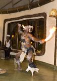 Τοπικοί εκθέτες χορού στην Τανζανία, μια αυθεντική ρύθμιση Στοκ Εικόνες