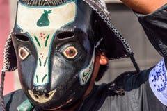 Τοπικός στην παραδοσιακή λαϊκή μάσκα χορού στην παρέλαση, Γουατεμάλα Στοκ Εικόνα