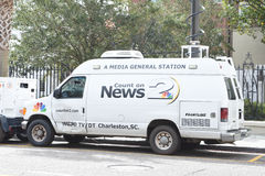 Τοπικό δορυφορικό φορτηγό σταθμών ειδήσεων, Τσάρλεστον, νότια Καρολίνα Στοκ Εικόνα