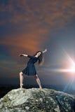 Τοποθέτηση νέων, χορευτών χαμόγελου Στοκ Φωτογραφίες