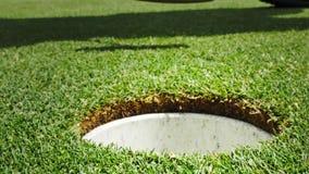 Τοποθέτηση σφαιρών γκολφ γκολφ απόθεμα βίντεο