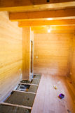 Τοποθέτηση του ξύλινου πατώματος Στοκ Φωτογραφία