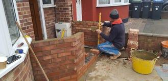 Τοποθέτηση των τούβλων στοκ φωτογραφία με δικαίωμα ελεύθερης χρήσης