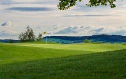 Τοποθέτηση Golfcourse πράσινη Στοκ φωτογραφία με δικαίωμα ελεύθερης χρήσης