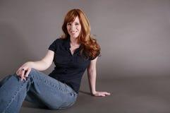 τοποθέτηση redhead Στοκ φωτογραφίες με δικαίωμα ελεύθερης χρήσης