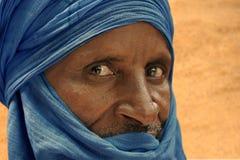 Τοποθέτηση Tuareg για ένα πορτρέτο Στοκ Φωτογραφία