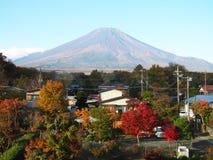 Τοποθετήστε το Φούτζι το φθινόπωρο στοκ φωτογραφίες