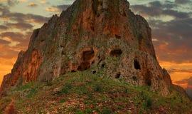 Τοποθετήστε Arbel στο ηλιοβασίλεμα Απότομος βράχος Arbel Φρούριο σπηλιών Χαμηλό Galilee, Ισραήλ περιοχή Μόσχα μια πανοραμική όψη Στοκ φωτογραφία με δικαίωμα ελεύθερης χρήσης
