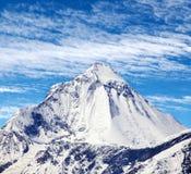 Τοποθετήστε Dhaulagiri, κοντά στο πέρασμα Λα Thorung και τον όμορφο ουρανό Στοκ Εικόνα