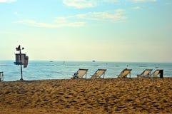 τοποθετημένη παραλία θερέτρου παραλιών έδρα στοκ εικόνα με δικαίωμα ελεύθερης χρήσης