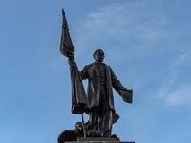 τοποθετημένο η Ρουμανία άγαλμα πάρκων napoca ατόμων του Cluj κεντρικών πόλεων Στοκ Εικόνες