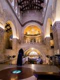 ΤΟΠΟΘΕΤΗΣΤΕ TABOR, ΙΣΡΑΉΛ, στις 10 Ιουλίου 2015: Μέσα στην εκκλησία του Tra Στοκ φωτογραφίες με δικαίωμα ελεύθερης χρήσης