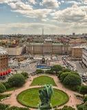 Τοπ άποψη Αγίου Πετρούπολη από τον καθεδρικό ναό του Isaac το καλοκαίρι Ρωσία Στοκ Εικόνες