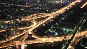 Τοπ άποψη σχετικά με την πόλη και τις εθνικές οδούς νύχτας bangkok thailand φιλμ μικρού μήκους