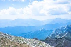 Τοπ άποψη της κορυφογραμμής βουνών Στοκ Εικόνες