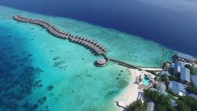 Τοπ άποψη του νησιού των Μαλδίβες φιλμ μικρού μήκους