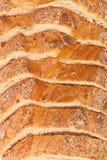 Τοπ άποψη του τεμαχισμένου ψωμιού στοκ εικόνα με δικαίωμα ελεύθερης χρήσης
