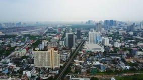 Τοπ άποψη των ουρανοξυστών σε μια μεγάλη πόλη Εικονική παράσταση πόλης της πόλης στην Ασία Ταϊλάνδη Τοπ άποψη της σύγχρονης πόλης Στοκ Φωτογραφίες