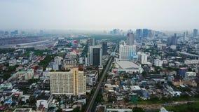 Τοπ άποψη των ουρανοξυστών σε μια μεγάλη πόλη Εικονική παράσταση πόλης της πόλης στην Ασία Ταϊλάνδη Τοπ άποψη της σύγχρονης πόλης Στοκ εικόνες με δικαίωμα ελεύθερης χρήσης