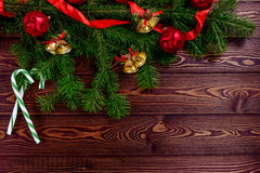 Τοπ άποψη υποβάθρου Χριστουγέννων άσπρη ξύλινη Στοκ Εικόνα