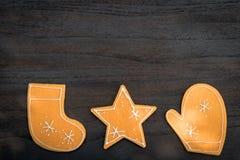 Τοπ διακοσμήσεις δώρων Χριστουγέννων άποψης στο ξύλινο διάστημα αντιγράφων υποβάθρου Στοκ εικόνες με δικαίωμα ελεύθερης χρήσης