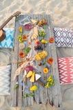 Τοπ πίνακας πικ-νίκ παραλιών άποψης Στοκ φωτογραφία με δικαίωμα ελεύθερης χρήσης