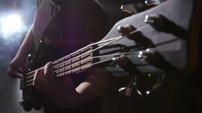 Τοπ όψη Θλίψη και ηλεκτρική βαθιά κιθάρα σειράς κίνηση αργή απόθεμα βίντεο