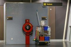Τουαλέτες στον αερολιμένα Στοκ φωτογραφία με δικαίωμα ελεύθερης χρήσης
