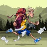 Τουρίστας ατόμων με ένα σακίδιο πλάτης, τις διόπτρες και τους χάρτες, γρήγορα τρεξίματα Στοκ Εικόνες