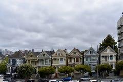 Τουρίστας Μέκκα του Σαν Φρανσίσκο με μερικούς από τον παλαιό και μερικούς από το νέο στοκ εικόνα με δικαίωμα ελεύθερης χρήσης