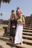 Τουρίστες από τη Φινλανδία που επισκέπτεται Angor Wat στην Καμπότζη Στοκ Εικόνες