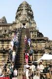 Τουρίστες σε Angkor Wat, Καμπότζη Στοκ φωτογραφία με δικαίωμα ελεύθερης χρήσης