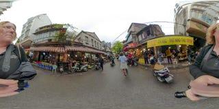 Τουρίστες στο παλαιό τέταρτο Ανόι Βιετνάμ στοκ εικόνες
