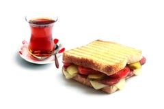 Τουρκικά φρυγανιά και τσάι στοκ φωτογραφία με δικαίωμα ελεύθερης χρήσης